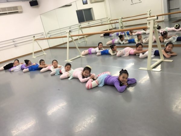 バレエのレッスンは厳しいの?